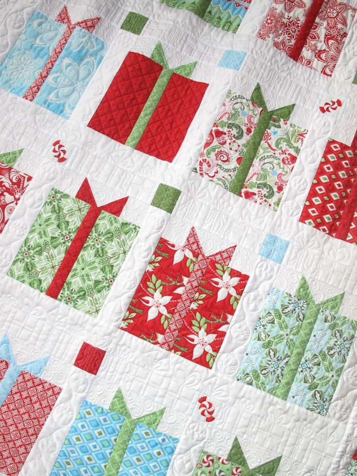 Flurry Presents Kit @ Hollyhill Quilt Shoppe - I need to learn to quilt.  OMG…