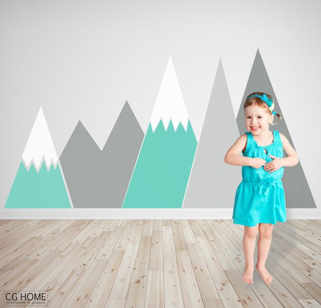 Geometrische Dekoration Kinderzimmer. Berg als erste Zeichnung Ihres Kindes. Wählen Sie Ihre Farben!   Größe: ca. 100cm x 200cm  FARBE: 3 Farben vo…