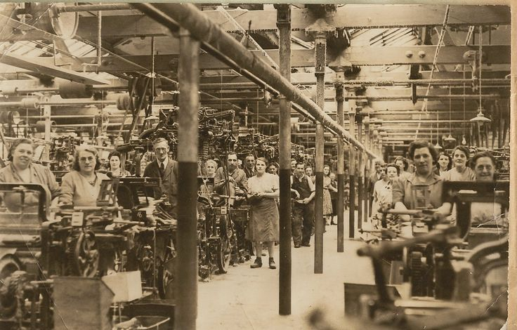 Bata Derbyshire & Blackburn Adlington Textile Mill Chorley Lancashire, Weaving Machines Hall and workforce 1950, photo courtesy Charles Novotny Family Archive, we have more photos of the looms and employees of this mill, contact BRRC or see website