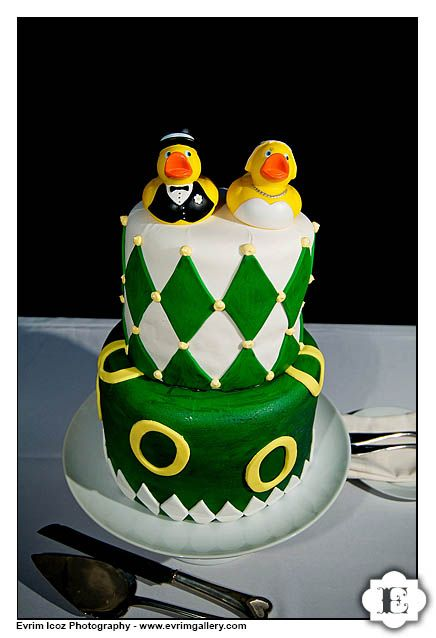 wedding cakes oregon 17 best images about go ducks on baby 25201