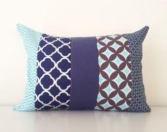Housse de coussin lombaire marine Patchwork bleu, bleu sarcelle, gris, décor Modern, 12 x 16 pouces, Chevron, treillis, pépinière, jette coussins/couverture