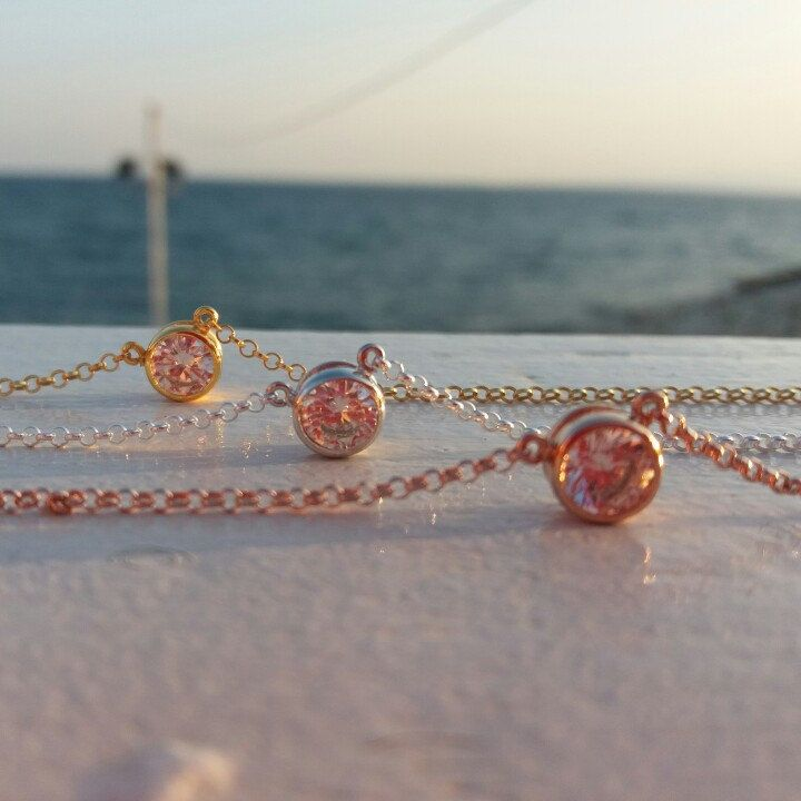 solitaire diamond necklace for your bridesmaids in silver, gold and rose gold