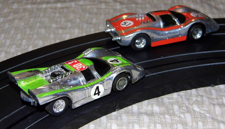 Vintage Tyco Nite Glow Electric Racing Slot Car Set With Silver Streak Curve Huggers Racing Cars With Operating Headlights, No. 8828, Copyright 1977