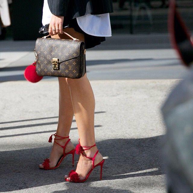 Louis Vuitton Pochette Métis monogram bag & Aquazurra 'Wild Things' fringe sandals #StreetStyle