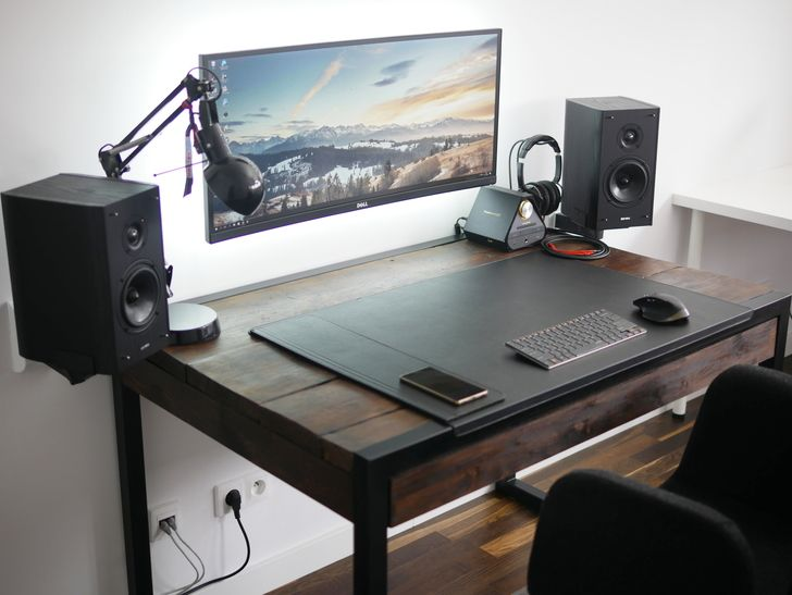 My highly minimalistyc home office with custom reclaimed wood desk PC - 2nd  try. - 25+ Best Ideas About Reclaimed Wood Desk On Pinterest Rustic