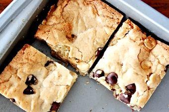 Eastside Pies Greek, Dessert, Salad  1401 Rosewood Ave, Austin, 78702 https://munchado.com/restaurants/view/52913/eastside-pies