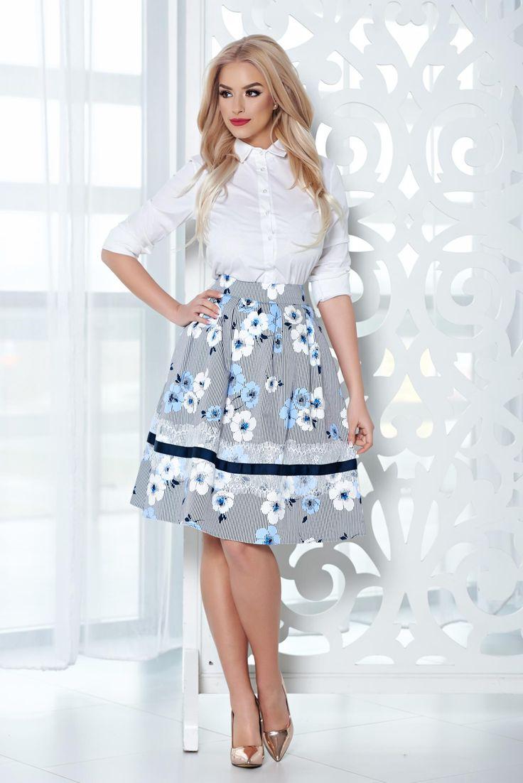 Comanda online, Fusta midi in clos LaDonna albastra-deschis cu imprimeu floral. Articole masurate, calitate garantata!