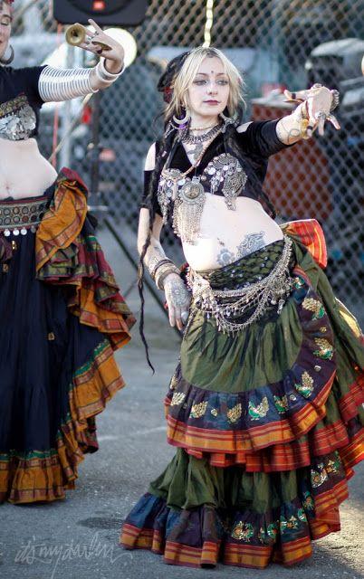 """Georgetown Moment"" Chole Anderson & Katrina Ji of Skin Deep Dance (Seattle)"