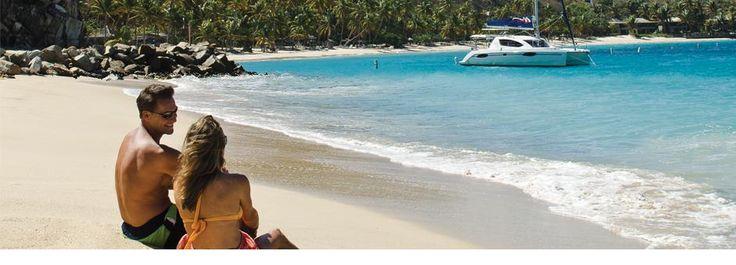 Les Îles Vierges britanniques (British Virgin Islands ou BVI) comptent plus de vingt-cinq îles de rêve, serties dans les eaux turquoise et abritées de la mer des Caraïbes. Tortola, Jost Van Dyke, Virgin Gorda et Anegada sont les îles les plus importantes de l´archipel