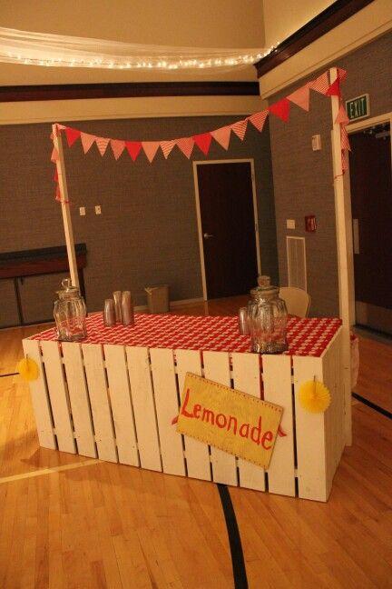 Picnic themed wedding Lemonade stand