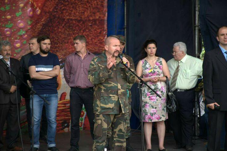 Віче. Оголошується принципи функціонування Майдану -- сухий закон!!