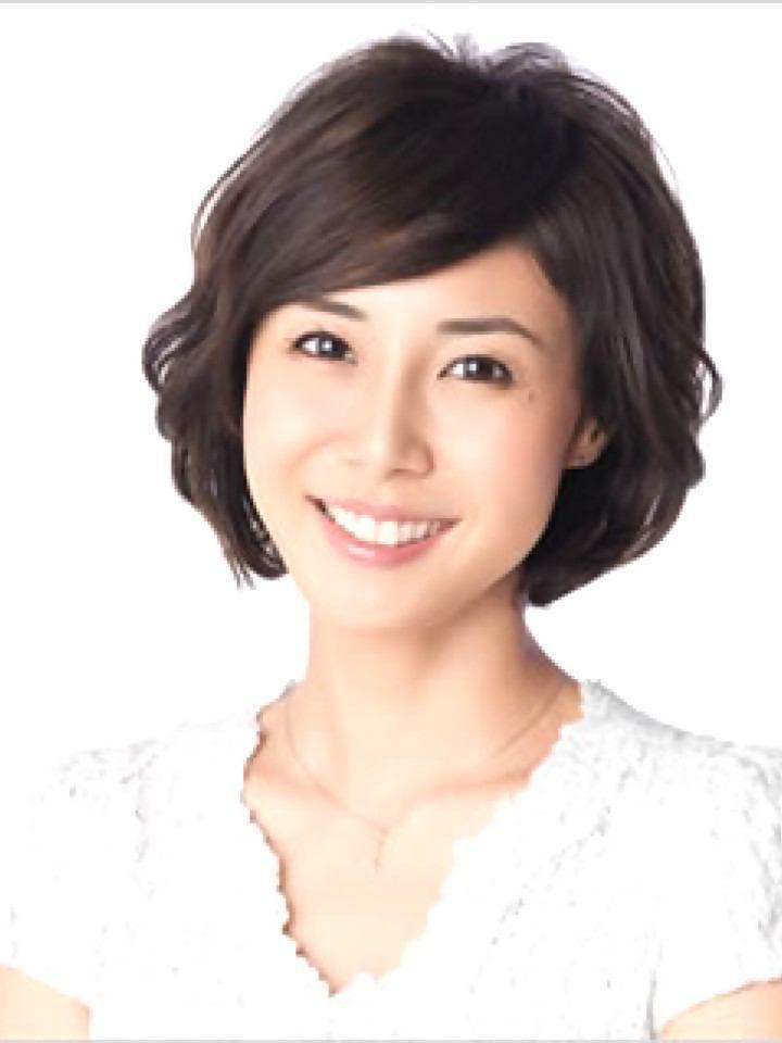 ショートボブ芸能人 40代のタレント女優をお手本にしよう ショートヘア ショートボブ 髪型総合情報 B Cafe 松嶋