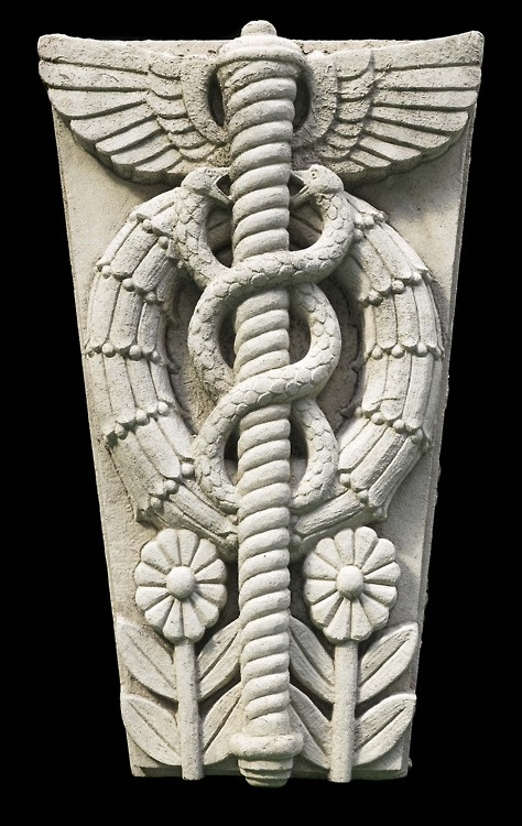 <3 Simbologia do Caduceu de Hermes: ~☤~  ⇨ 1. Asas: símbolo de transcendência; ⇨ 2. Bastão alado de Mercúrio: simboliza a harmonia no antagonismo; ⇨ 3. Serpentes gémeas do bem e do mal. Segundo a tradição alquímica, Mercúrio, mensageiro dos deuses, lançou a sua varinha mágica para separar duas serpentes que lutavam. Estas enrolaram-se à volta da varinha, formando aquilo a que chamamos caduceu, um símbolo de forças opostas que atingem um equilíbrio.
