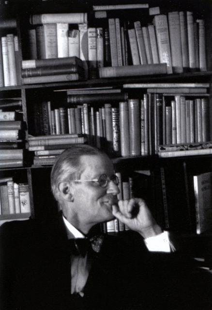 James Joyce à Paris, 1939, photo Gisèle Freund.  Fuente
