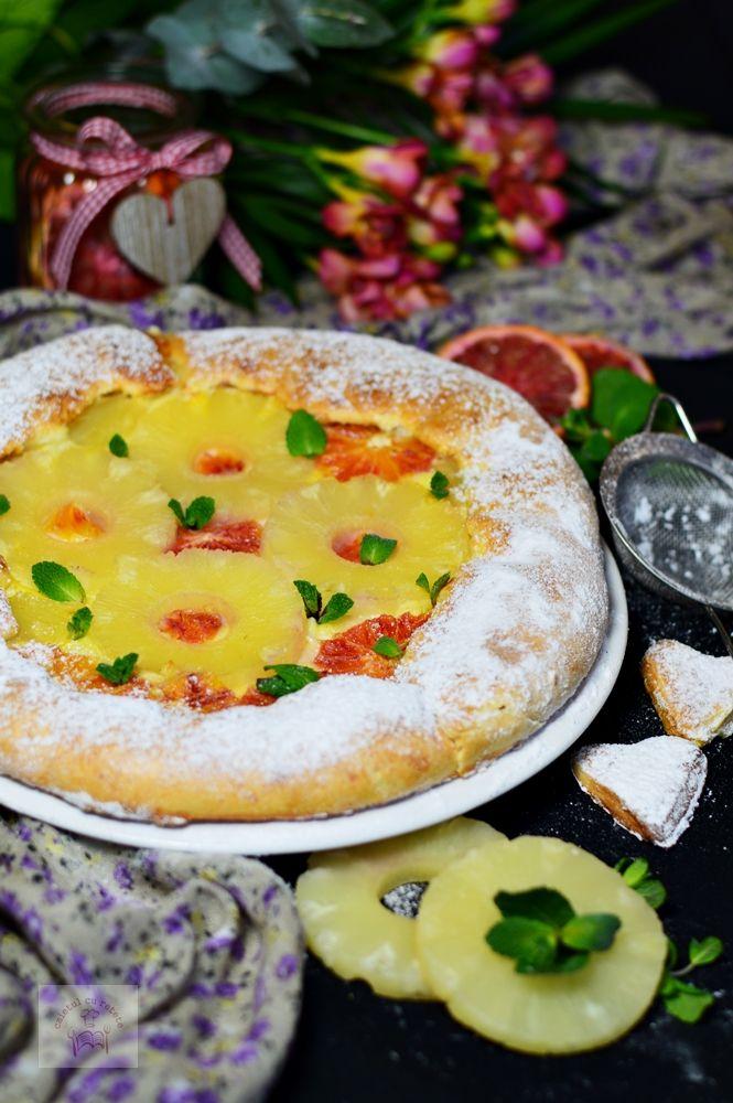 Tarta cu crema de vanilie, ananas si portocale rosii - CAIETUL CU RETETE