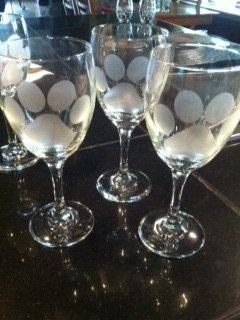 Dog Paw Print Etched Glassware on Winte Glass by Craftsbysuelav, $10.00