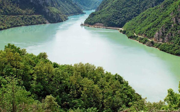 Donau im Rumänien Reiseführer http://www.abenteurer.net/2777-rumaenien-reisefuehrer/
