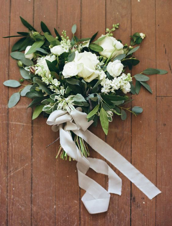 white and green romantic bouquet: