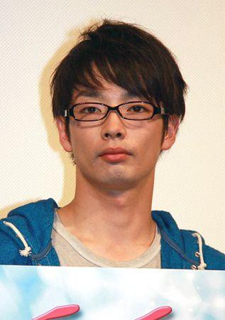 2011年:主演映画『モテキ』が興行収入22億円を超える大ヒットになり、また去年放送の同ドラマ版も数々の賞を受賞した。 2012年:2月に映画『モテキ』にて毎日映画コンクール男優主演賞などを受賞した。 同月シディ・ラルビ・シェルカウイ 演出振り付けの舞台「テヅカ TeZukA」にて初の海外公演出演を果たし、ローマを皮切りに香港・ニュージーランド・ルクセンブルク・フランス/ドイツ各都市などを回った 同年7月、初のラジオ冠番組となる「森山未來のオールナイトニッポンGOLD」にてパーソナリティを務めた。 その他『僕たちの戦争』『その街のこども』『モテキ』『苦役列車』『夫婦善哉』などの主演作が国内外で数々の作品賞を獲得している。 ドラマ『モテキ』では、キリンジの「悪い習慣」やCHAGE&ASKAの「201号」を劇中曲に推薦し採用された。 映画『モテキ』では森山の提案や話から取り入れられた設定や台詞が多くある。 例として、初期設定では上司役の唐木は男だったが、女性に変更され真木よう子が演じた。