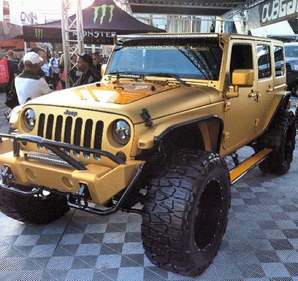 '12 SEMA Jeep. Las Vegas #lifted #jeep #wrangler #wheels #gold #car #me #lift #custom #jeeps #love #cars #auto