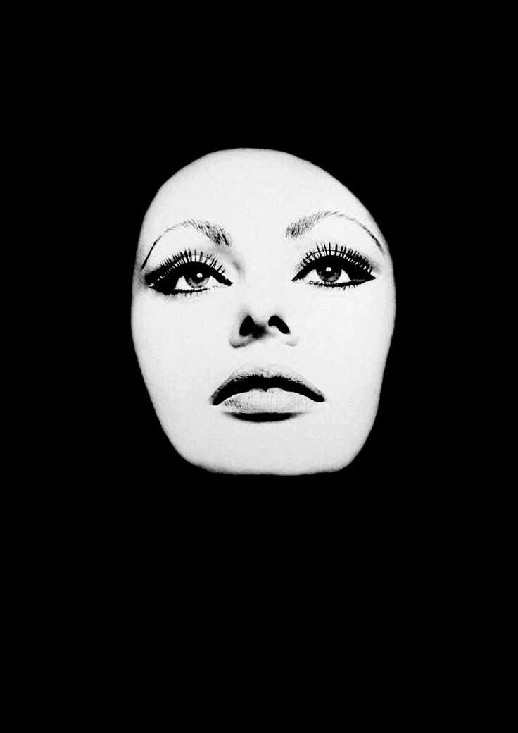 Sophia Loren photographed by David Montgomery.