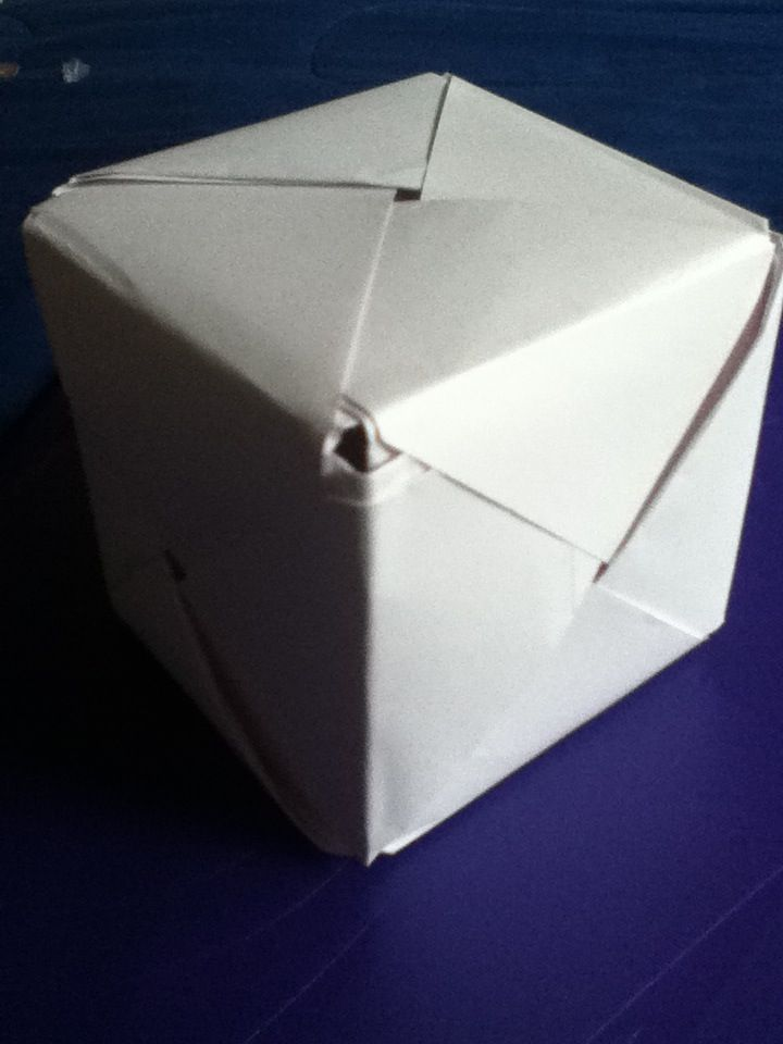 best 25 paper cube ideas on pinterest origami balloon. Black Bedroom Furniture Sets. Home Design Ideas