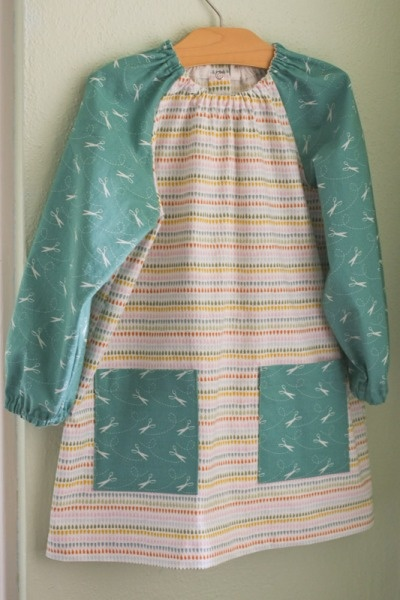 Art Smock sewn by Gail of Probably Actually. Pattern can be found in Oliver + S's book, Little Things To Sew.