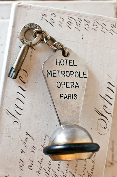 hotel metropole...