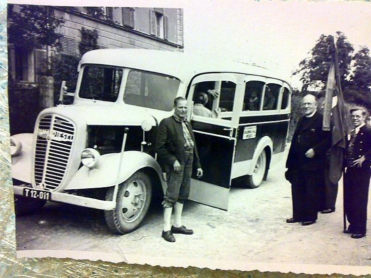 Old Italian bus