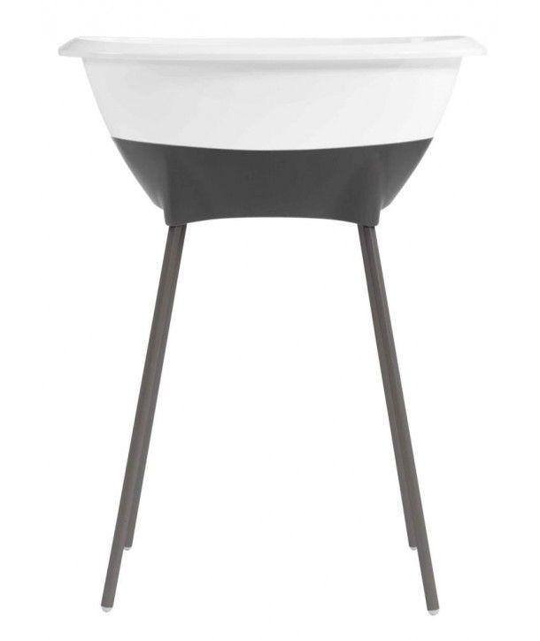 El diseño entra en tu baño y divierte la primera experiencia acuática de tu bebé. Las bañeras Luma ® se pueden combinar con la colección de toallas de Fun*das bcn. con las fundas de cambiador y con los jabones hipoalergénicos de la casa Mamma baby ®. Sumé