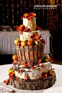 AUTUMN WEDDING INSPIRATION  https://sposafelice.wordpress.com/2015/09/15/autumn-wedding-inspiration/