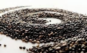 Chia seeds are pure protein, dietary fiber, Omega-3 fatty acids, magnesium, calcium, and more. Chia is known to keep blood sugar levels down as it provides a sustained energy boost with the ability to power people through the day. All natural energy! It's low in calories (40 per Tbsp) which helps people to lose weight  ♥.