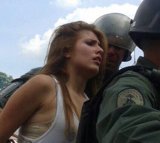 #14A 2014  Protesta pacífica estudiantil  #Caracas #Venezuela #Dictadura #Represión #Chavez #Maduro