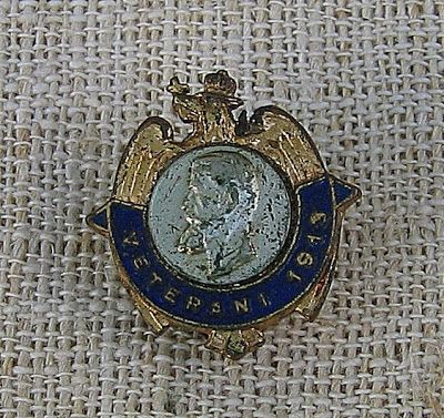 COCKTAILVINTAGEBAZAAR: Insigna rara veterani 1913 #rare #badges #veterans #military #Romania #floart #collectible