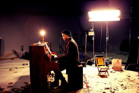 Jimmy And Piano  On Set