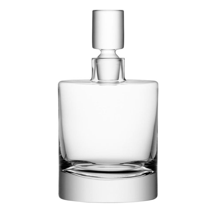 Add contemporary style to your tableware with this clear glass decanter by LSA International, part of the Boris collection, derived from a simple modern design and pleasure in use. With its heavy bas
