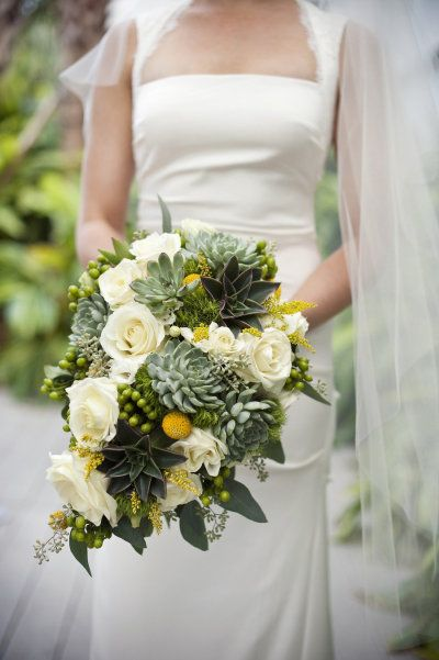Jennie Andrews Photography, Floral Design by Floral Fantasy Weddings