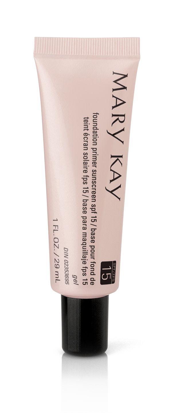 Perfecciona la apariencia de tu piel con la Pre-Base de Maquillaje con FPS 15 Protección Media Mary Kay®.  Aplícala antes de tu base de maquillaje para ayudar a reducir la apariencia de las finas líneas de expresión  e imperfecciones. #RostroSinImperfecciones