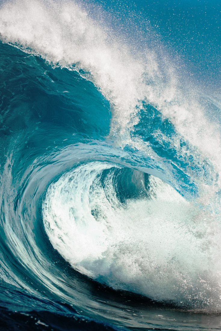 Τα γιγαντιαία κύματα 30 μέτρων δεν είναι μύθος λέει τώρα η επιστήμη. Ο Έλληνας που βρήκε τρόπο να τα υπολογίζει
