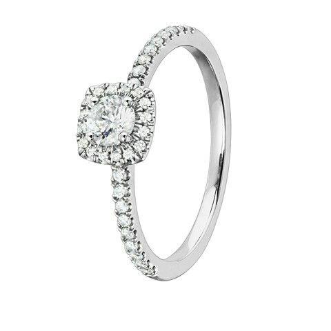Den perfekta ringen! http://www.guldfynd.se/article/diamantring_i_18k_guld_0437251
