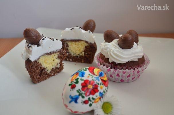 Cupcakes s tvarohovo-kokosovou plnkou (fotorecept)