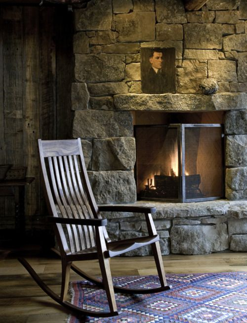 1800s Country Homes: Good Books, Fireplaces And Rockers