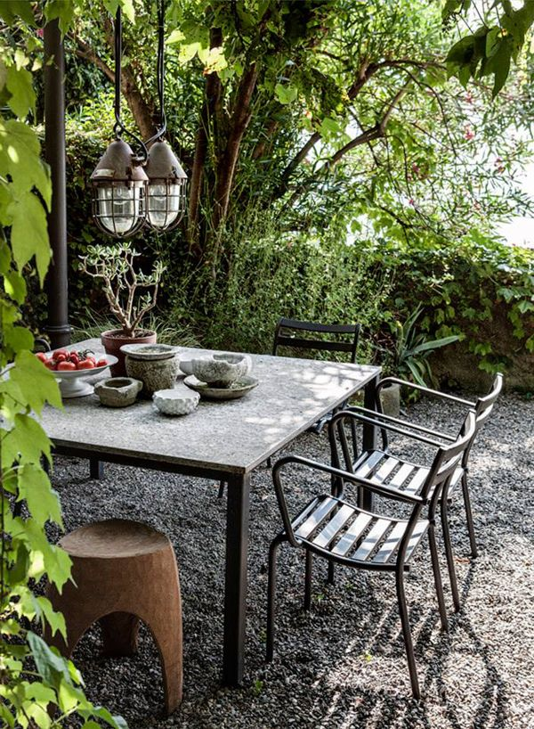 House by Lake Como, Italy. From Elle Decoration UK.  Today on www.annagillar.se
