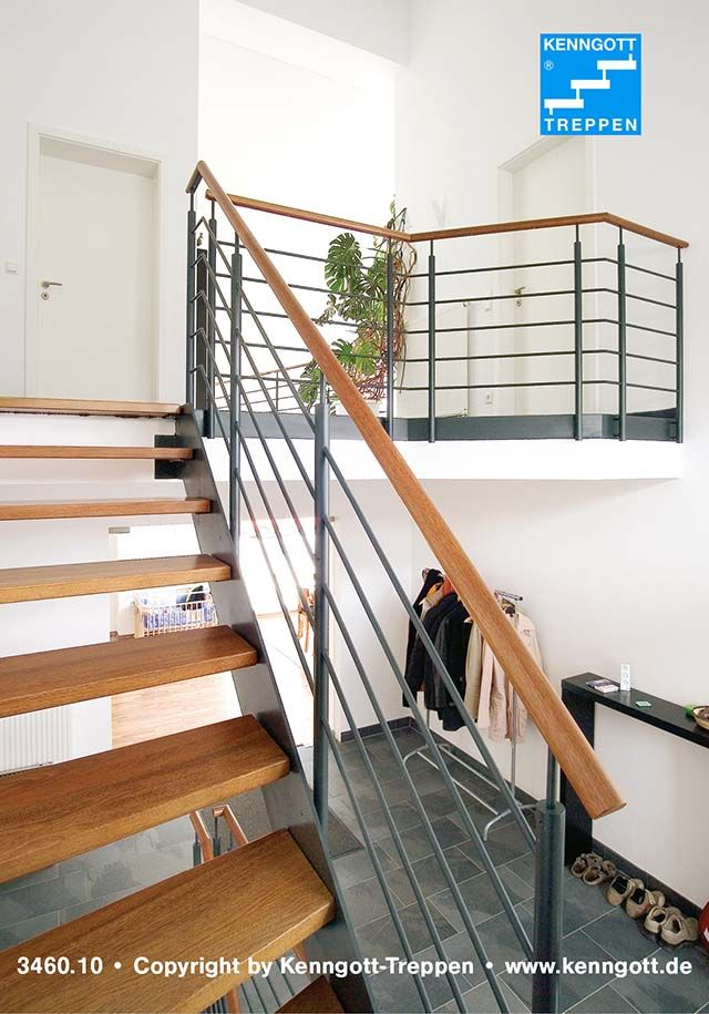 Wangentreppe ATHEN Stufen Buche Massiv  Stufenmaterial Buche MC Massivholz, Geländertyp 310 mit Holzhandlauf