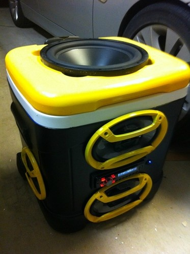 Kooler Coolers Radio Stereo Ice Chest Speakers Beach