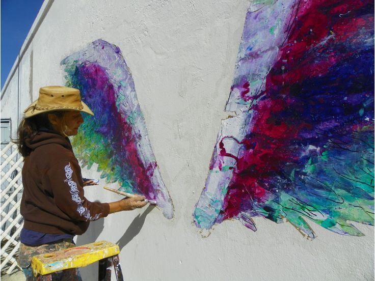 Le 'da alas' de esperanza a los fronterizos