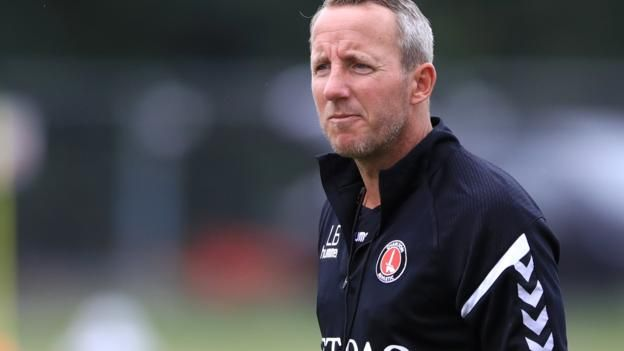 Lee Bowyer ended his playing career at Ipswich Town in 2012 Former Leeds, Newcastle and Birmingham midfielder Lee Bowyer has been named Charlton assistant manager. Bower, 40, who won one cap for England in 2001, started his career with the Addicks before leaving for Leeds in 1996. He bought...