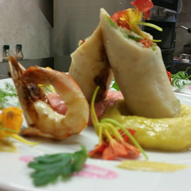 Karides ve Balık Tabağı  Rez.Tel: 0 (224) 549 23 03 / www.anadolulezzet...   #fish #balık #ramazan #iftar #bursa #bursaturkey #bursablogger #bursamagazin #bursanilüfer #bursagece #yemek #dünyamutfağı #food #breakfast #delicious #eating #fresh #tasty #anadoluetlokantası #anadoluet #anadolulezzeti  #ahtapot  #fava  #çiroz  #hamsi  #sardalya  #karides