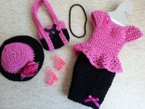 clothes-doll-model-Barbie-293                                                                                                                                                                                 Plus