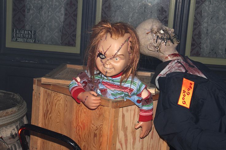 When Chucky made an appearance. He's so small, and yet! | 25 Times I Was Scared Out Of My Mind At Universal Studios' Halloween Horror Nights